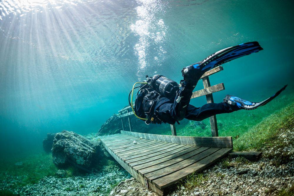 غواصی دریاچه گرین اتریش